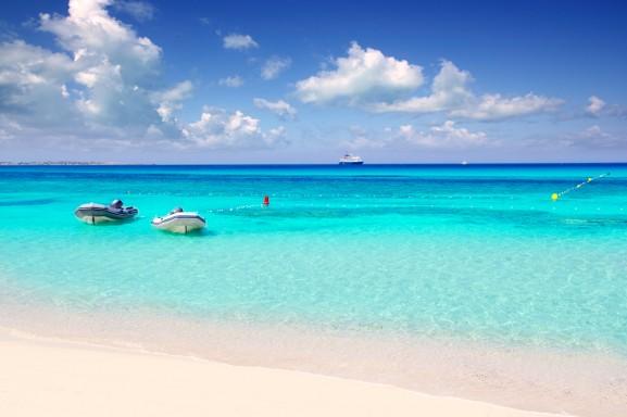 spiaggia sull'isola di Formentera alle Baleari, ilViaggio.it immagini